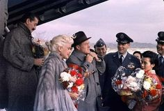 Jayne Mansfield and Bob Hope on a tour for USO in 1957.