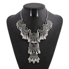 Laxxell Tassel Necklace Set