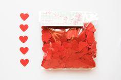 1000 Coriandoli a cuore rossi - Matrimoni, feste - Cuori coriandolo rossi- Decorazioni Nozze - Coriandoli a cuore rossi - Tavolo degli Sposi di BrightSpotOfColour su Etsy
