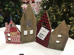 Wood work and textile: Winter decoration, buildings with hinges Folding House, Wood Work, Entrepreneurship, Buildings, Textiles, Student, Decoration, Holiday Decor, Winter