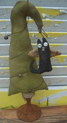 relisted Primitive Christmas Kitty on Tree by Rabbithollowprims on Etsy, $19.95