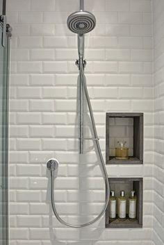 salle d'eau design douche cabine carrelage niche mural