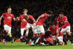 """Cập nhật kết quả bong da mới nhất Cập nhật kết quả xskg ngày hôm nay Robin van Persie đã ăn mừng """"điên cuồng"""" sau khi ghi bàn thắng muộn giúp Man Utd cầm..."""