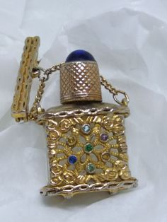 Antique gold plated filligree perfume Bottle with bar dropper brooch