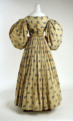 Back of sprigged cotton 1829 gown. Met museum