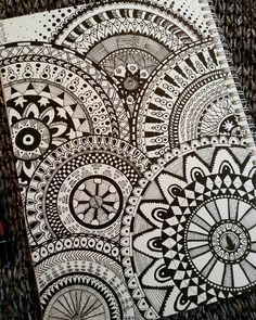 doodle , doodles , doodling , Draw  , Drawing  , Art , Calm , Love , sketchbook  , sketch  , Art , Artist , arch , architecture , architect  , zentangle , pattern , ideas , Black , white . contrast , circle