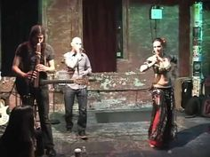 "Beatbox Guitar performs ""Sky City"" with Irina Akulenko @ the Tea Lounge Jan.31.09 (Love the cultural mix!)"