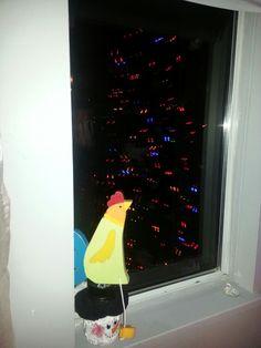 Bob xmas tree Xmas Tree, Lava Lamp, Bob, Table Lamp, Chicken, Home Decor, Homemade Home Decor, Christmas Tree, Bob Cuts