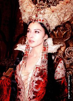 Monica Bellucci as The Mirror Queen // from the set of The Brothers Grimm // Terry Gilliam
