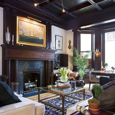 Home Tour An Architectural Gem With A Collected Interior - Home Tour An Architectural Gem With A Collected Interior A New York Real Estate Agent Finds His Prewar Counterpart In A One Bedroom On Gramercy Park
