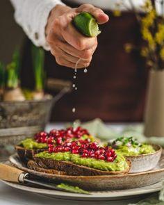 Koláč bez múky a cukru - Fit recept - Lenivá Kuchárka Avocado Toast, Ale, Tacos, Mexican, Breakfast, Ethnic Recipes, Food, Morning Coffee, Ale Beer