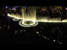 The fountains of the Bellagio Hotel in Las Vegas which dance to music. At night, the fountains are lit up and are even more spectacular. Great American Road Trip, National Parks Usa, Las Vegas Hotels, Dancing, Live, Pictures, Photos, Dance, Resim