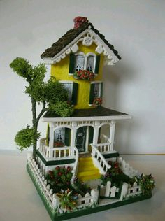 Tile Crafts, Clay Crafts, Diy And Crafts, Crafts For Kids, Miniature Crafts, Miniature Houses, Miniature Dolls, Clay Fairy House, Fairy Garden Houses