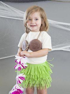 #DIY Halloween Costume: Hula Girl>> http://www.hgtv.com/handmade/handmade-hula-girl-halloween-costume/index.html?soc=pinterest