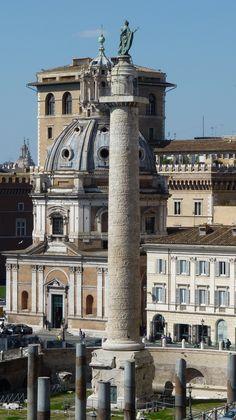Plaza de la Columna de Trajano, Roma Italia.