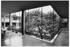 1960 Xenia Motel, Kalambaka   Aris Konstantinidis Source: Yorgis Yerolymbos Modern Rustic, Interior And Exterior, Architecture Design, Greece, Building, Places, Sketch, House, Inspire