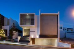 the house in the form of a cube in Mexico