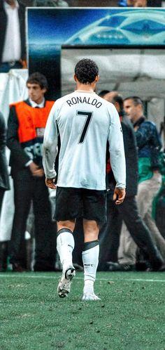 Ronaldo Videos, Cristino Ronaldo, Ronaldo Football, Football Players, Cristiano Ronaldo Young, Cristiano Ronaldo Wallpapers, Manchester United Ronaldo, Ronaldo Free Kick, Soccer Post