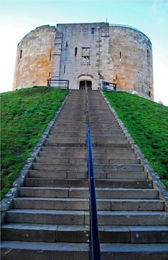 Clifford's Tower, York Castle, York, North Yorkshire, My girls use to love trying run up steps when small :) Yorkshire England, Yorkshire Dales, North Yorkshire, England And Scotland, England Uk, Northern England, The Places Youll Go, Places To See, York Castle