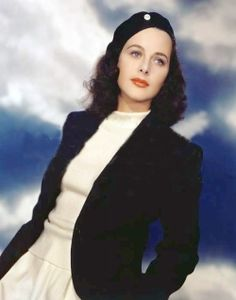 Hedy Lamarr.  Catherine also sported such an outfit on one of her first dates with Jonathan Brandon.