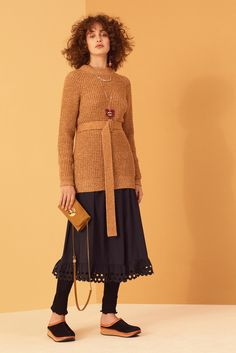 See by Chloé Pre-Fall 2017 Collection Photos - Vogue Chloe Fashion, Fashion Week, Fashion 2017, Winter Fashion, Fashion Show, Woman Fashion, Fashion Brands, Street Style 2017, Vogue Russia