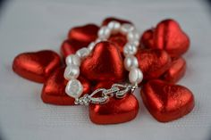 Items similar to Vintage style Baroque pearl bracelet hand-knotted on silk thread with heart and flowers clasp Valentine's gift on Etsy Vintage Style, Vintage Fashion, Organza Gift Bags, Baroque Pearls, Silk Thread, Matching Necklaces, 21st Birthday, Pearl Bracelet, Valentine Gifts