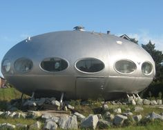 The Finnish architect Matti Suuronen designed and built a series of ovaloid, flying-saucer-like houses out of fibreglass in the late 1960s. He called them Futuro. Suuronen's houses were comfortably large but light enough to be carried to remote sites by helicopter.