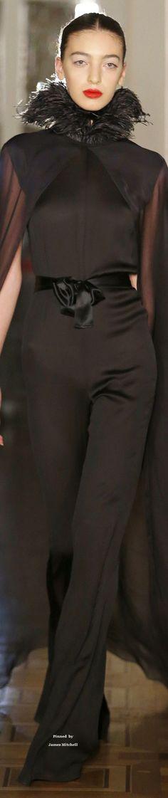 Djaba Diassamidze Collection Tbilisi Fall 2016   haute Love Fashion, Fashion 2016, Fashion Show, Brown Fashion, Fashion Details, Fashion Design, Fashion Trends, Givenchy, Valentino