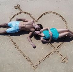 Jessica conte and gabriel conte Couple Photography Poses, Beach Photography, Creative Photography, Relationship Goals Pictures, Cute Relationships, Jess And Gabe, Gabriel Conte, Couple Beach Pictures, Beach Poses
