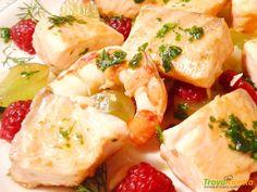 Piatto di Salmone alla griglia e frutta  #ricette #food #recipes