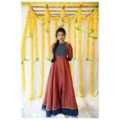 Gown Dress Party Wear, Party Wear Indian Dresses, Long Gown Dress, Indian Gowns Dresses, Indian Bridal Outfits, Saree Dress, Long Frock, Kurti Designs Party Wear, Lehenga Designs