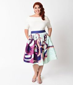 A skirt to octopi our hearts, dames! A gorgeous plus size 1950s inspired circle skirt from Unique Vintage designed in a fearsome print of a deep purple octopus swimming among pastel mint bubbles reaching out with adorable tentacles. With a purple banded p