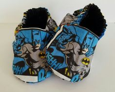 Batman Reversible baby booties