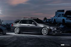 BMW F31 Sports Wagon with VMR V810 wheels