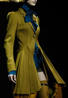 John Galliano, Fall/Winter 2012 chartreuse navy business. This is autumn's version, you need clearer, higher saturation