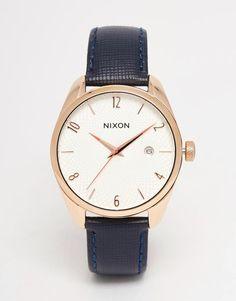 Nixon   Nixon - Bullet - Montre à bracelet en cuir bleu marine chez ASOS