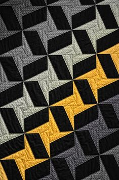 pachwork by Elvira Castellví Antonietti on Star Quilt Blocks, Star Quilts, Easy Quilts, Quilting Projects, Quilting Designs, Quilting Ideas, Black And White Quilts, Geometric Quilt, Fat Quarter Quilt