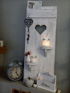 Deko-Objekte - Shabby DEKO Fensterladen Herz Regale Holz altweiß  - ein Designerstück von shabby-homeHS bei DaWanda