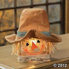 Scarecrow glass block lamp - great idea for diy craft @ halloween party Thanksgiving Crafts, Fall Crafts, Holiday Crafts, Holiday Fun, Diy Crafts, Thanksgiving Celebration, Wood Crafts, Thanksgiving Table, Holiday Festival