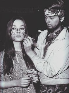 Face-painting hippies