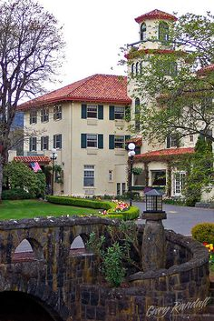 Columbia River Gorge Hotel, Hood River Oregon.