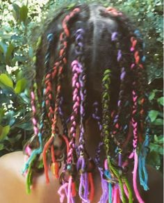 Halle Berry Put Yarn In Her Daughters Hair And The Internet Went A Little Bit Nuts  Read the article here - http://www.blackhairinformation.com/uncategorized/halle-berry-put-yarn-daughters-hair-internet-went-little-bit-nuts/