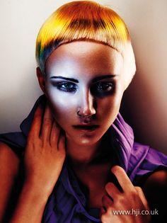 2014-super-cropped-fringe-blonde.jpg