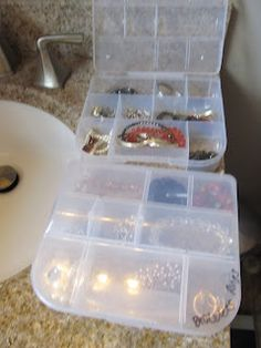 Dollar Store Jewelry Organization. I have a friend that uses this idea for traveling.  Everything stays in place!