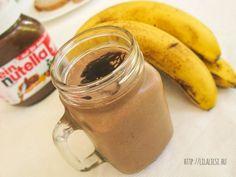 Nutellás smoothie Recept képpel - Mindmegette.hu - Receptek Nutella, Mason Jars, Mugs, Drinks, Breakfast, Tableware, Bor, Drink Recipes, Pina Colada