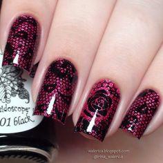 Pink/purple lace design nail art