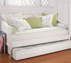 White modern daybed with trundle in room.jpg 1,000×883 pixels. Diy with full size headboard for back