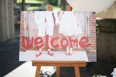 夏が好きで、真夏にやろう!と決めました 結婚式のテーマは「JOYwedding」。フェスみたいに楽しくて、ゲストが皆嬉しくなっちゃうようなpartyにしたいという想いから… 自分たちの名前にも「JOY」が入っているのでWミーニ...