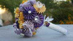 paper pinwheel flower wedding bouquet from Paper Flowers Wedding, Flower Bouquet Wedding, Wedding Flower Inspiration, Wedding Ideas, Paper Bouquet, Best Friend Wedding, Origami Paper, Pinwheels, Crafting