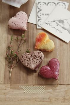 greige: interior design ideas and inspiration for the transitional home : Rocq Macarons a Valentine's Giveaway. Red Macarons, Macaroons, Valentines Food, Valentine Treats, Sweet Cookies, Bake Sale, Fabulous Foods, Something Sweet, Just Desserts